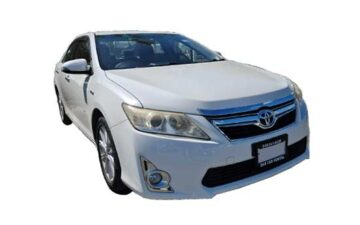 Rent Toyota Camry Pearl FS001
