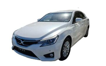 Rent Toyota Mark x 2014 White FS005