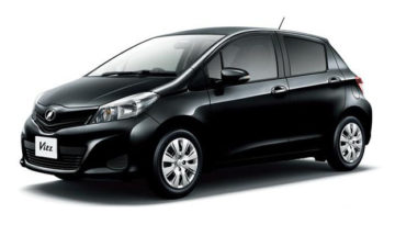 Rent Toyota Vitz Black Com023