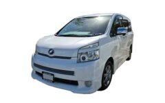 Toyota Voxy Mv001
